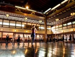 北九州市、福岡市天神のヨガスタジオ、ココカラ。瞑想。住吉神社。ヨガインストラクター、水島知乃歩。